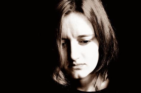 https://upload.wikimedia.org/wikipedia/commons/a/ab/Sad_Woman.jpg